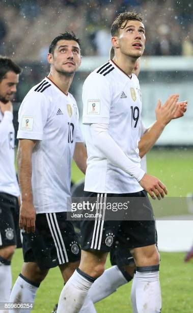 Lars Stindl Leon Goretzka of Germany salute the fans following the FIFA 2018 World Cup Qualifier between Germany and Azerbaijan at FritzWalter...