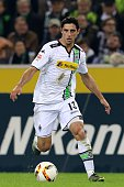 Lars Stindl of Borussia Moenchengladbach controls the ball during the Bundesliga match between Borussia Moenchengladbach and FC Schalke 04 at...