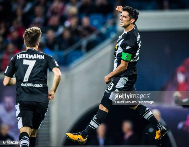 Lars Stindl of Moenchengladbach celebrates his goal during the Bundesliga match between RB Leipzig and Borussia Moenchengladbach at Red Bull Arena on...