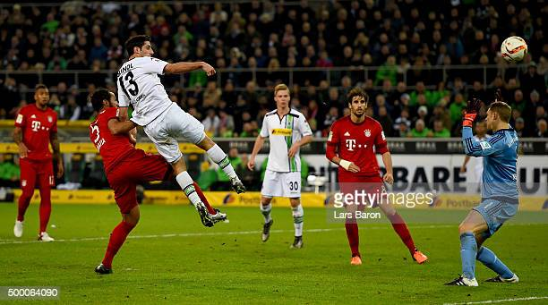 Lars Stindl of Moenchengladbach scores his teams second goal during the Bundesliga match between Borussia Moenchengladbach and FC Bayern Muenchen at...