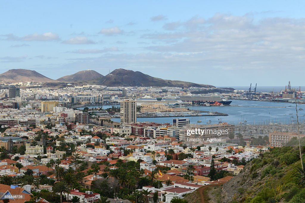 Las palmas de gran canaria city and port stock photo getty images - Port of las palmas gran canaria ...