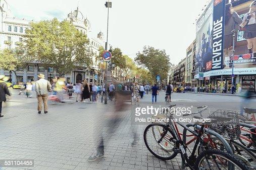Las Ramblas de Barcelona at rush hour