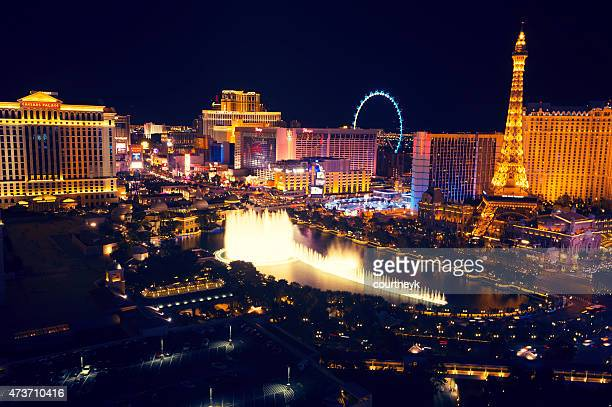 Las Vegas strip at night with Bellagio Fountain.