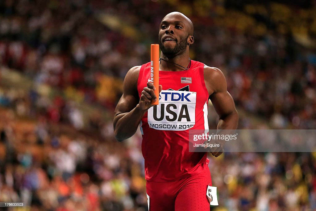 <a gi-track='captionPersonalityLinkClicked' href=/galleries/search?phrase=LaShawn+Merritt&family=editorial&specificpeople=546556 ng-click='$event.stopPropagation()'>LaShawn Merritt</a> of the United States crosses the line to win gold in the Men's 4x400 metres final during Day Seven of the 14th IAAF World Athletics Championships Moscow 2013 at Luzhniki Stadium at Luzhniki Stadium on August 16, 2013 in Moscow, Russia.