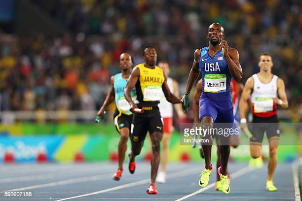 Lashawn Merritt of the United States wins gold in the Men's 4 x 400 meter Relay on Day 15 of the Rio 2016 Olympic Games at the Olympic Stadium on...