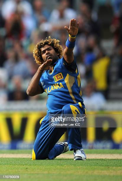 Lasith Malinga of Sri Lanka celebrates taking the wicket of Glenn Maxwell of Australia during the ICC Champions Trophy Group A match between Sri...