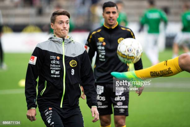 Lasse Nilsson of IF Elfsborg during warmup prior to the Allsvenskan match between IF Elfsborg and Jonkopings Sodra IF at Boras Arena on May 22 2017...