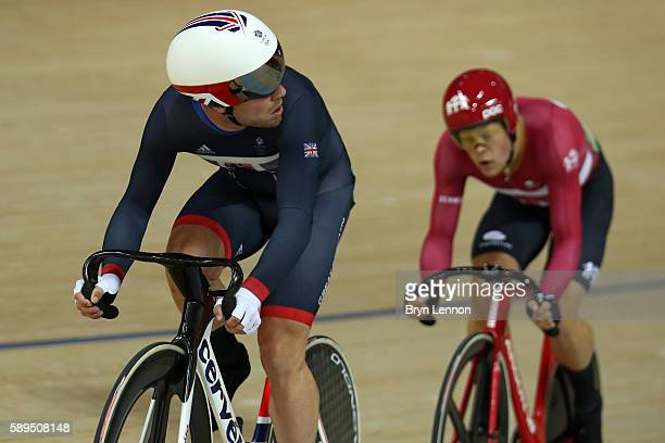Lasse Norman Hansen of Denmark leads Mark Cavendish of Great Britain lead during the Men's Omnium Scratch Race 1 during on Day 9 of the Rio 2016...