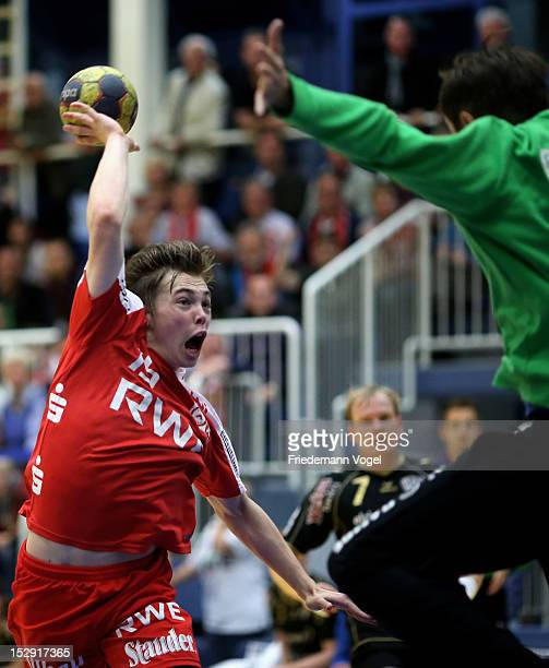 Lasse Seidel of Essen scores during the DKB Handball Bundesliga match between TUSEM Essen and TV 1893 Neuhausen at the Sportpark Am Hallo on...