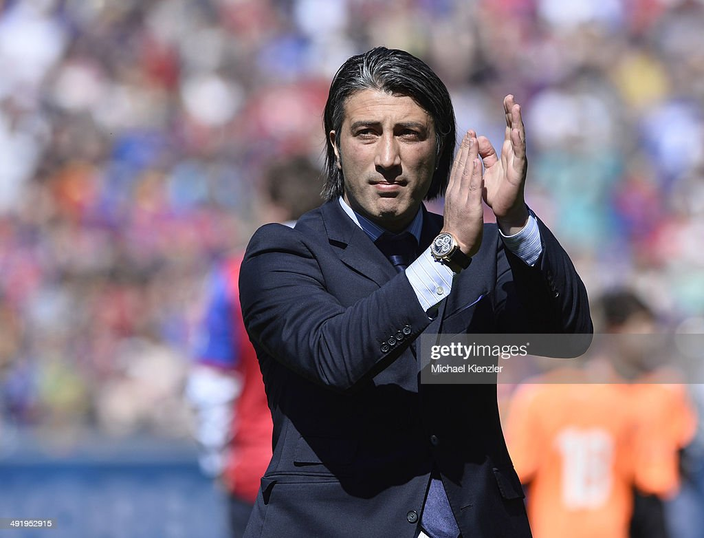 Last match for Headcoach <a gi-track='captionPersonalityLinkClicked' href=/galleries/search?phrase=Murat+Yakin&family=editorial&specificpeople=2383035 ng-click='$event.stopPropagation()'>Murat Yakin</a> of FC Basel, applauds the crowd prior the Raiffeisen Super League match between FC Basel and FC Lausanne Sport at St. Jakob-Park stadium on May 18, 2014 in Basel, Switzerland.