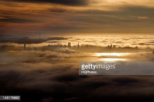 Late Afternoon Fog, San Francisco Bay : Stock Photo