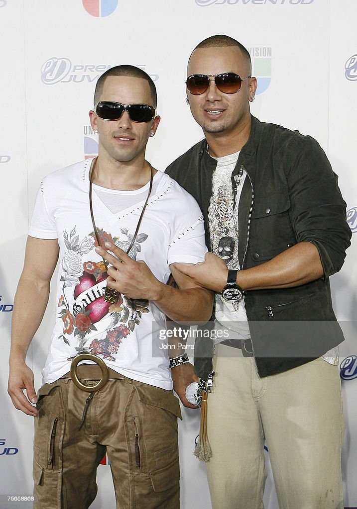 Latin music duo Wisin y Yandel arrive at the Bank United Center for the Premios Juventud Awards on July 19 2007 in Coral Gables FloridaPhoto by John...