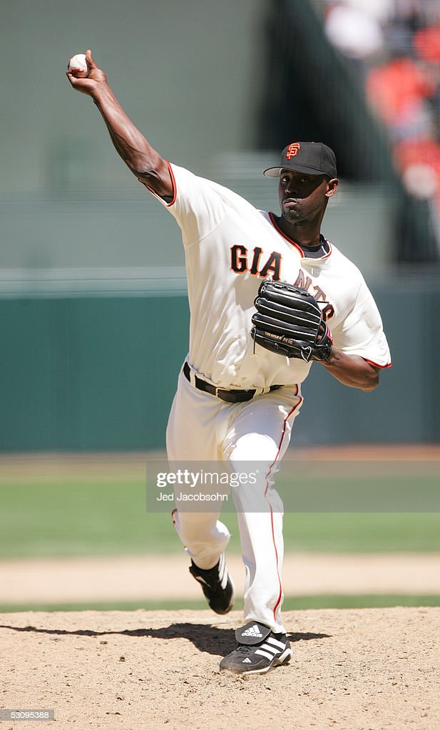 LaTroy Hawkins of the San Francisco Giants pitches during the Interleague game against the Kansas City Royals at SBC Park on June 9 2005 in San...