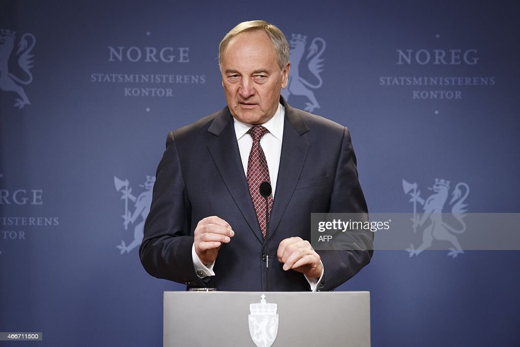 Latvian President Andris Berzins addresses a joint press conference with the Norwegian Prime Minister after talks in Oslo, on March 18, 2015. AFP PHOTO / NTB scanpix / JUNGE, HEIKO NORWAY OUT