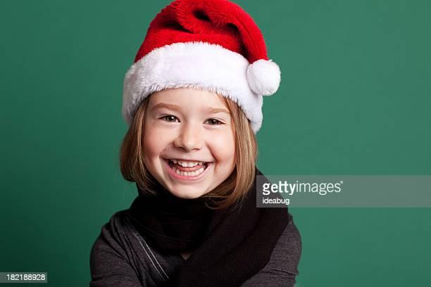 Lachen kleines Mädchen mit Santa Hut & Schal für Weihnachten