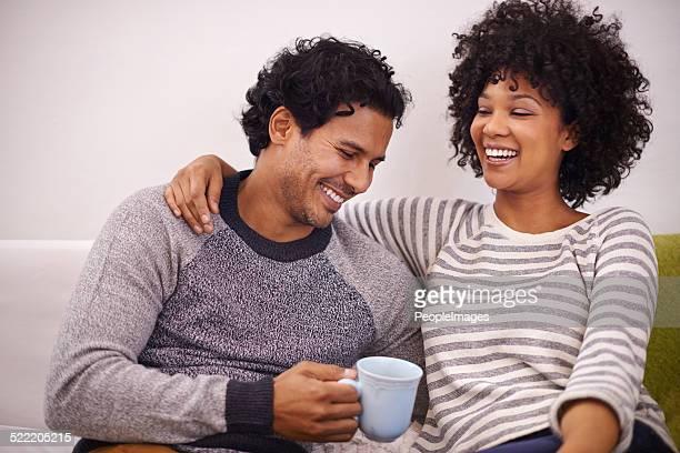 Riendo con la persona que ama