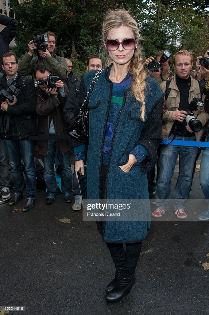 Laura Bailey arrives at the Chanel Spring / Summer 2013 show as part of Paris Fashion Week at Grand Palais on October 2, 2012 in Paris, France.