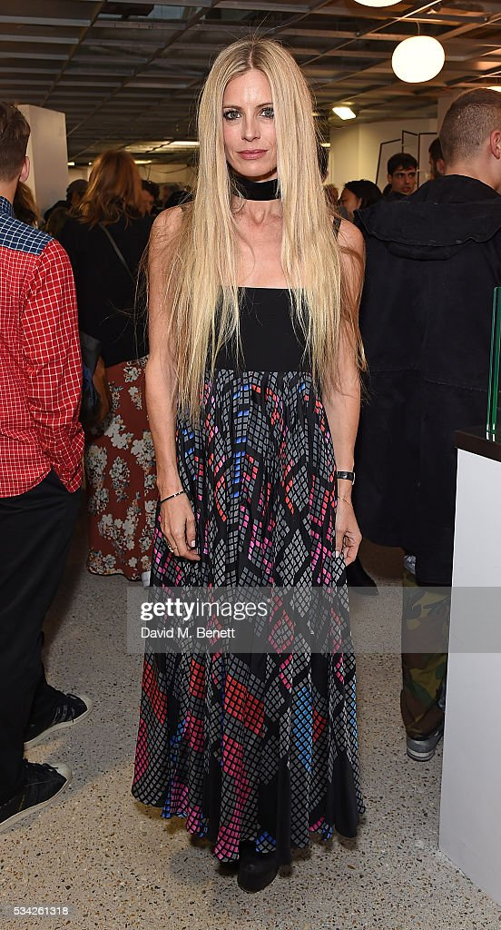 <a gi-track='captionPersonalityLinkClicked' href=/galleries/search?phrase=Laura+Bailey+-+Model&family=editorial&specificpeople=202040 ng-click='$event.stopPropagation()'>Laura Bailey</a> attends a party hosted by Bay Garnett to celebrate the launch of her latest project 'Fanpages' enjoying Perrier-Jot at Dover Street Market on May 25, 2016 in London, England.