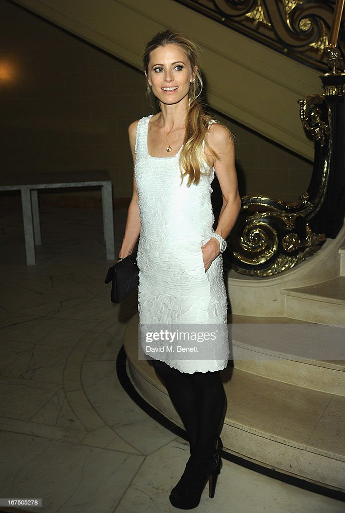 <a gi-track='captionPersonalityLinkClicked' href=/galleries/search?phrase=Laura+Bailey+-+Model&family=editorial&specificpeople=202040 ng-click='$event.stopPropagation()'>Laura Bailey</a> attends the Alexandra Shulman and Vogue Dinner in Honour of Michael Kors at the Cafe Royal on April 25, 2013 in London, England.