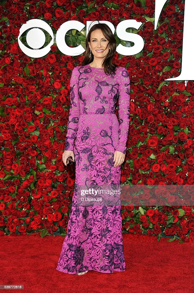 Laura Benanti attends the 70th Annual Tony Awards at the Beacon Theatre on June 12, 2016 in New York City.