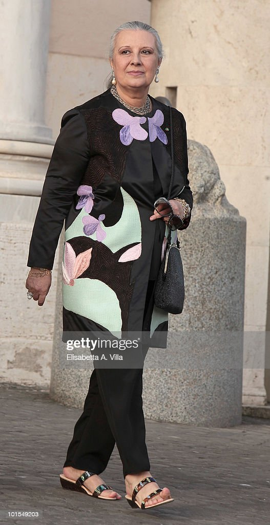 Laura Bigiotti arrives at the Quirinale Palace to attend a gala dinner hosted by Italian President Giorgio Napolitano on June 1, 2010 in Rome, Italy.