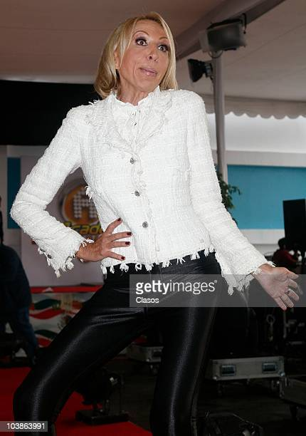 Laura Bozzo poses at the red carpet of Academia Bicentenario on September 5 2010 in Mexico City Mexico