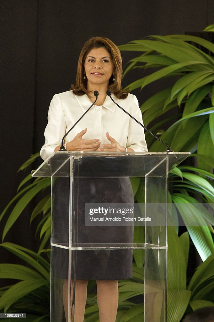 Laura Chinchilla President of Costa Rica talks during the signing of cooperation agreements with the President of the Republic of China Xi Jinping on...