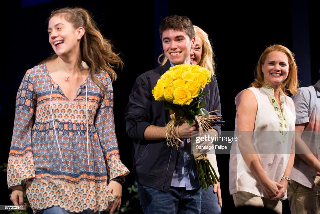 "Noah Galvin Joins The Cast Of ""Dear Evan Hansen"""