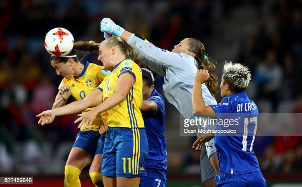 Laura Giuliani of Italy punches the ball clear during the UEFA Women's Euro 2017 Group B match between Sweden and Italy at Stadion De Vijverberg on...