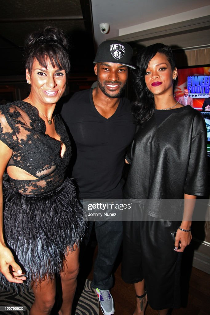 Laura Govan, <a gi-track='captionPersonalityLinkClicked' href=/galleries/search?phrase=Tyson+Beckford&family=editorial&specificpeople=210873 ng-click='$event.stopPropagation()'>Tyson Beckford</a>, and <a gi-track='captionPersonalityLinkClicked' href=/galleries/search?phrase=Rihanna&family=editorial&specificpeople=453439 ng-click='$event.stopPropagation()'>Rihanna</a> attend <a gi-track='captionPersonalityLinkClicked' href=/galleries/search?phrase=Rihanna&family=editorial&specificpeople=453439 ng-click='$event.stopPropagation()'>Rihanna</a>'s 'Unapologetic' Record Release Party at 40 / 40 Club on November 20, 2012 in New York City.