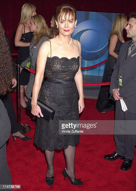 Laura Innes arriving for the 2001 Emmy Awards in LA 11/04/01