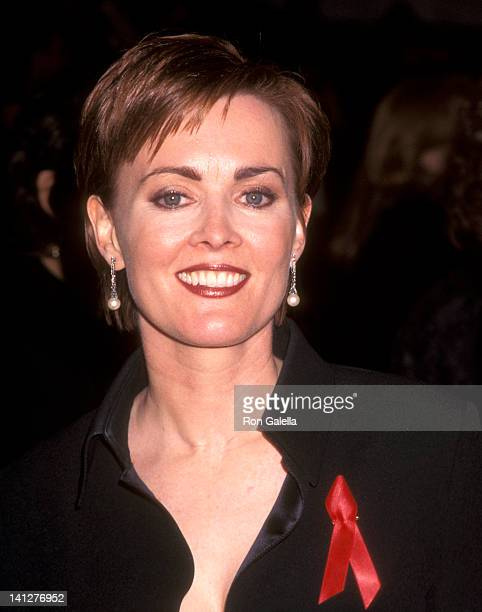 Laura Innes at the 24th Annual People's Choice Awards The Barker Hangar at Santa Monica Air Center Santa Monica