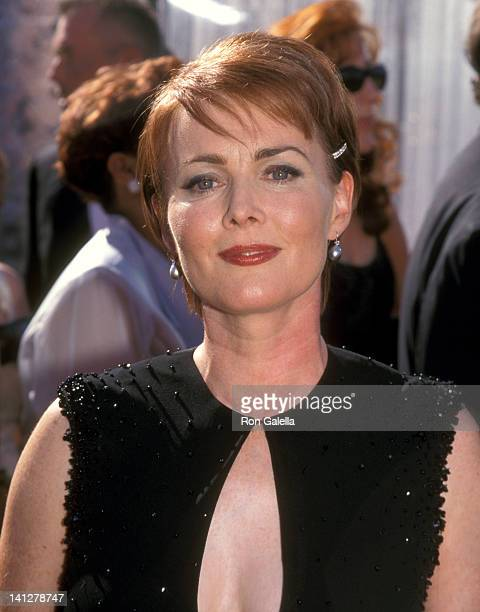 Laura Innes at the 51st Annual Primetime Emmy Awards Shrine Auditorium Los Angeles