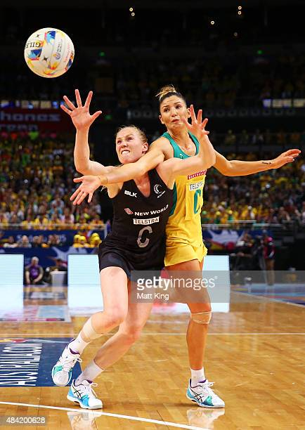 Laura Langman of New Zealand is challenged by Kim Ravaillion of the Diamonds during the 2015 Netball World Cup Gold Medal match between Australia and...