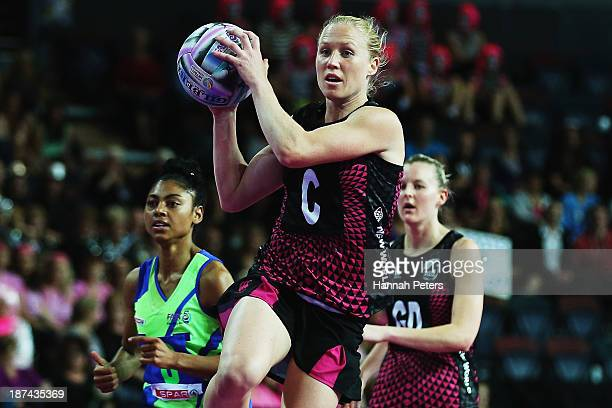 Laura Langman of New Zealand looks to pass the ball during the match between New Zealand and South Africa on day two of the Fast5 Netball World...
