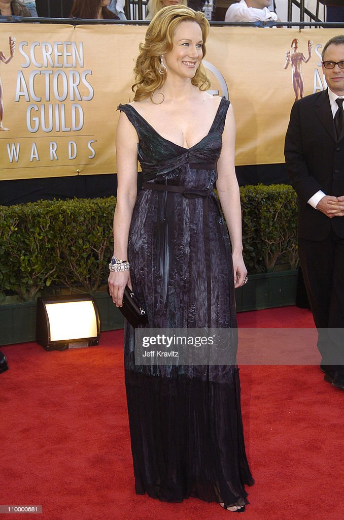 Laura Linney during 2005 Screen Actors Guild Awards Arrivals at The Shrine in Los Angeles California United States