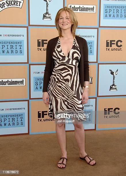 Laura Linney during Film Independent's 2006 Independent Spirit Awards Arrivals in Santa Monica California United States