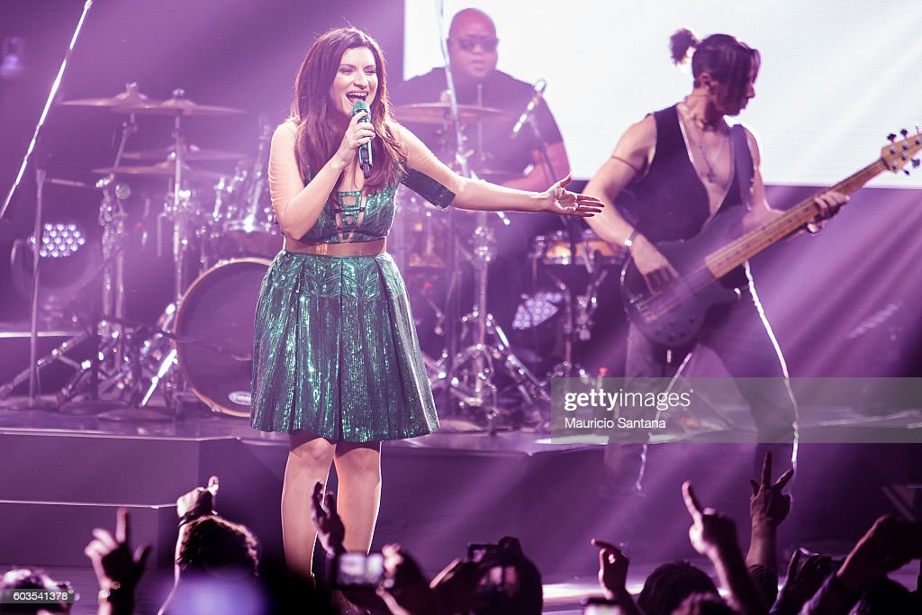 Laura Pausini performs live on stage at Citibank Hall during the tour Simili US and Latam Tour 2016 on September 11, 2016 in Sao Paulo, Brazil.