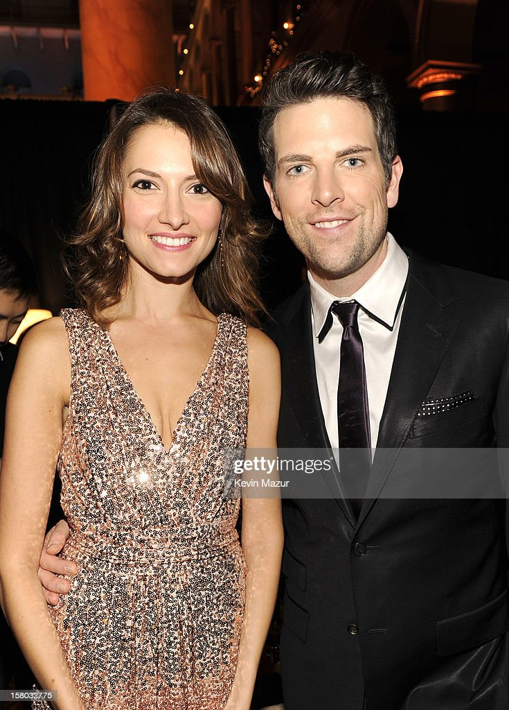 Laura Perloe (L) and singer Chris Mann attend TNT Christmas in Washington 2012 at National Building Museum on December 9, 2012 in Washington, DC. 23098_003_KM_0421.JPG