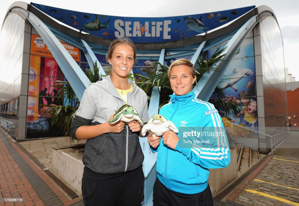 <a gi-track='captionPersonalityLinkClicked' href=/galleries/search?phrase=Laura+Robson&family=editorial&specificpeople=5421044 ng-click='$event.stopPropagation()'>Laura Robson</a> of Great Britain and <a gi-track='captionPersonalityLinkClicked' href=/galleries/search?phrase=Kirsten+Flipkens&family=editorial&specificpeople=598749 ng-click='$event.stopPropagation()'>Kirsten Flipkens</a> of Belgium pose outside the Sea Life Centre with their souvenir turtles during The AEGON Classic Tennis Tournament at Edgbaston Priory Club on June 11, 2013 in Birmingham, England.