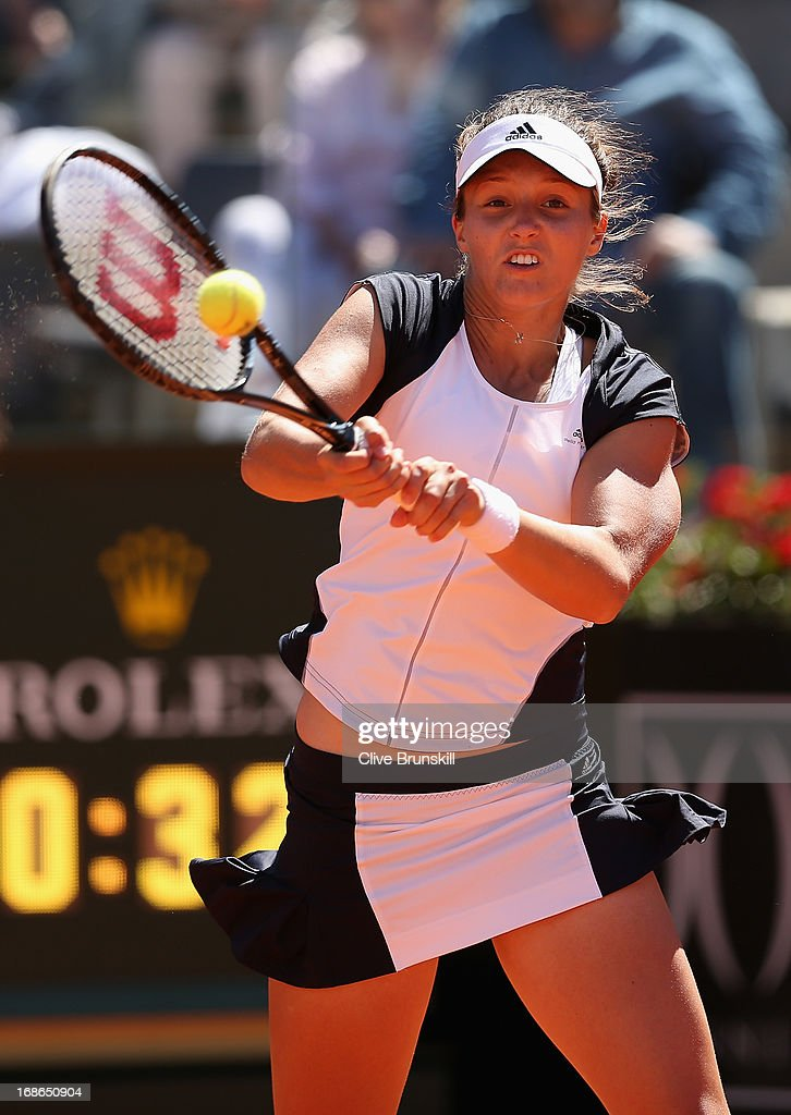 Laura Robson of Great Britain plays a backhand against Venus Williams of the USA in their first round match during day two of the Internazionali BNL d'Italia 2013 at the Foro Italico Tennis Centre on May 13, 2013 in Rome, Italy.
