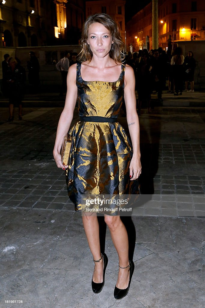 <a gi-track='captionPersonalityLinkClicked' href=/galleries/search?phrase=Laura+Smet&family=editorial&specificpeople=208666 ng-click='$event.stopPropagation()'>Laura Smet</a> arriving at Lanvin show as part of the Paris Fashion Week Womenswear Spring/Summer 2014, held at 'Ecole des beaux Arts' on September 26, 2013 in Paris, France.