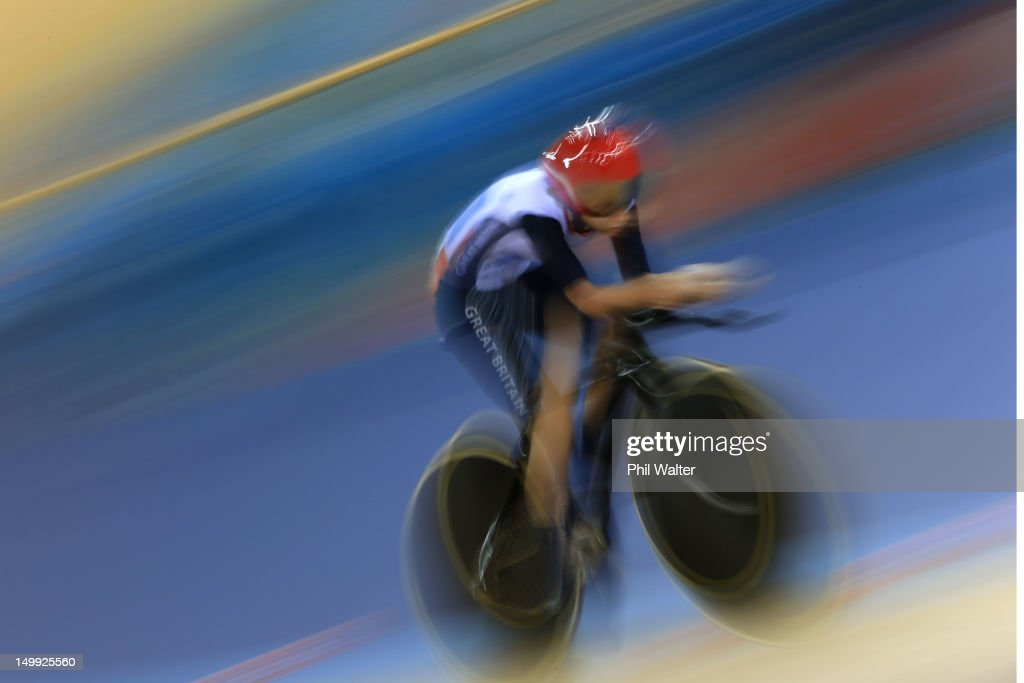 <a gi-track='captionPersonalityLinkClicked' href=/galleries/search?phrase=Laura+Trott+-+Cyclist&family=editorial&specificpeople=7205074 ng-click='$event.stopPropagation()'>Laura Trott</a> of Great Britain competes in the Women's Omnium Track Cycling 3km Individual Pursuit on Day 11 of the London 2012 Olympic Games at Velodrome on August 7, 2012 in London, England.