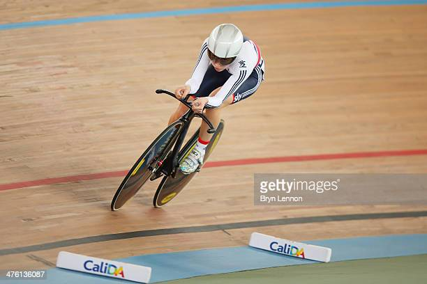 Laura Trott of Great Britain in action in the Individual Pursuit round of the Women's Ominium during day five of the 2014 UCI Track Cycling World...