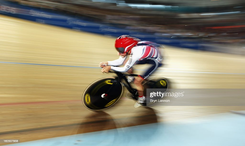 Laura Trott of Great Britain in action on her way to taking the silver medal in the Women's Omnium during day five of the 2013 UCI Track World Championships at the Minsk Arena on February 24, 2013 in Minsk, Belarus.