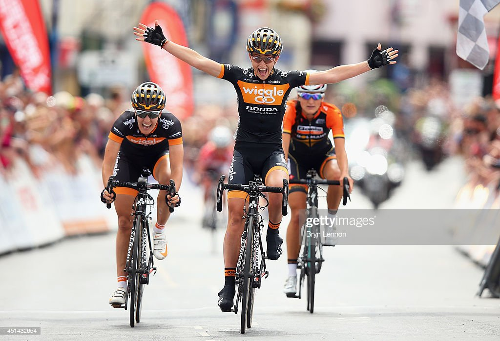 <a gi-track='captionPersonalityLinkClicked' href=/galleries/search?phrase=Laura+Trott+-+Cyclist&family=editorial&specificpeople=7205074 ng-click='$event.stopPropagation()'>Laura Trott</a> of Wiggle Honda (C) celebrates crossing the finish line to win the Elite Women British National road race championships on June 29, 2014 in Abergavenny, Wales.