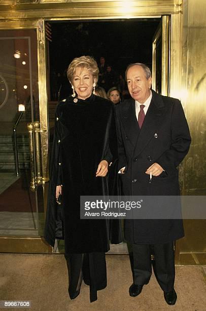 Laura Valenzuela next to her husband the film director Jose Luis Cuerda