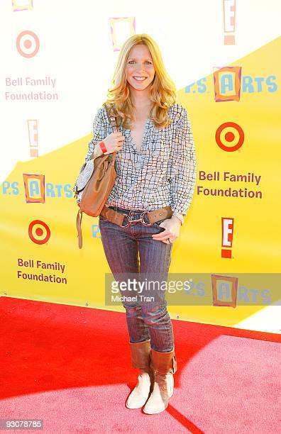 Lauralee Bell arrives at the 2009 PS Arts ''Express Yourself'' Creative Arts fair held at Barker Hangar on November 15 2009 in Santa Monica California
