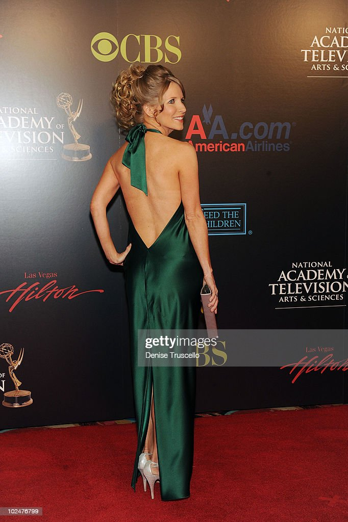 <a gi-track='captionPersonalityLinkClicked' href=/galleries/search?phrase=Lauralee+Bell&family=editorial&specificpeople=214735 ng-click='$event.stopPropagation()'>Lauralee Bell</a> arrives at the 37th Annual Daytime Emmy Awards at Las Vegas Hilton on June 27, 2010 in Las Vegas, Nevada.