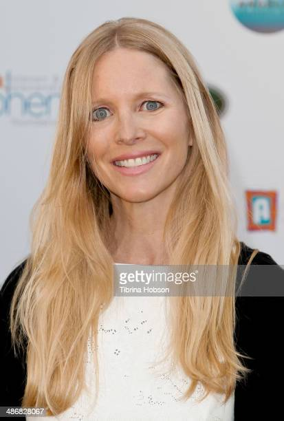 Lauralee Bell attends the LA Modernism show sale opening night party to benefit PS ARTS at 3LABS on April 25 2014 in Culver City California